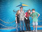Family SeaWorld 2013 TN